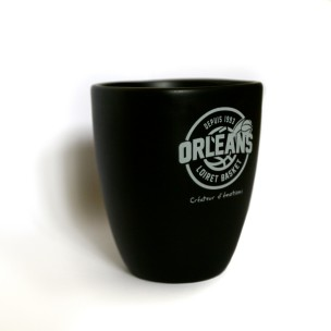 http://boutique.orleansloiretbasket.fr/340-thickbox/tasse-noire-orleans-loiret-basket.jpg
